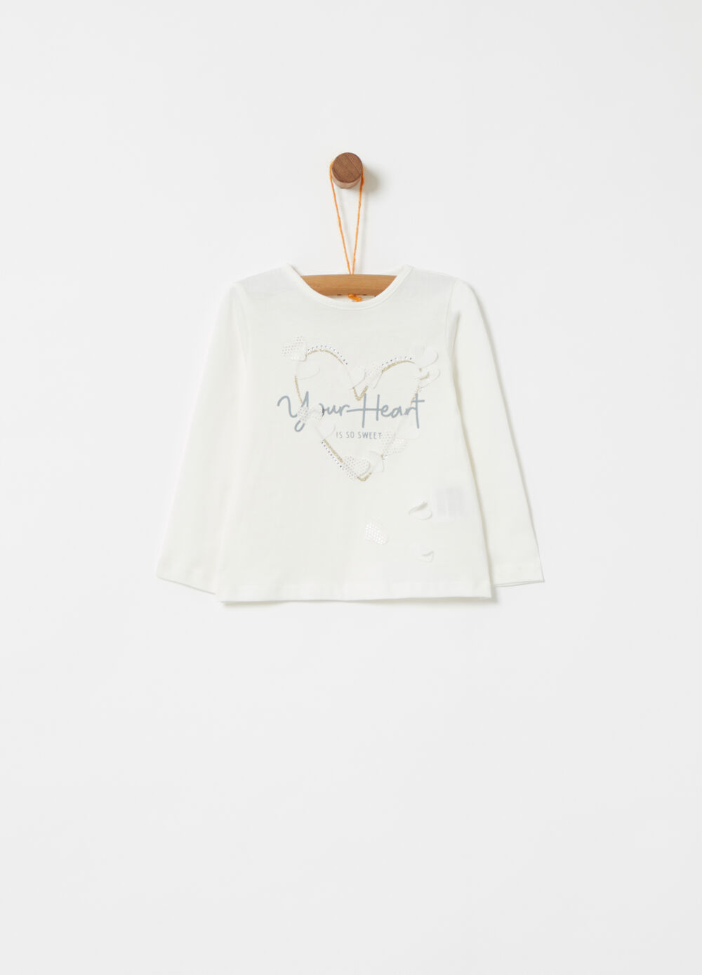 T-shirt with applications and glitter print