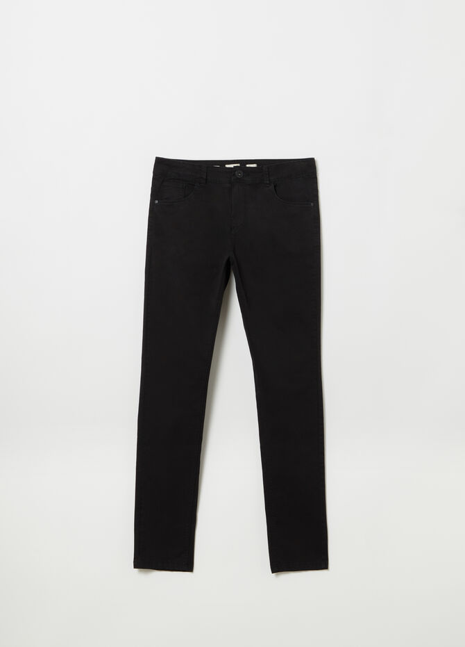 Slim-fit trousers in garment-dyed twill with pockets