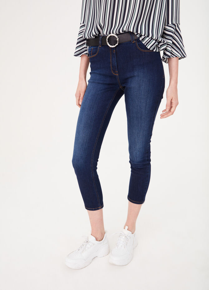 Slim-fit jeans with diamantés on the back pocket
