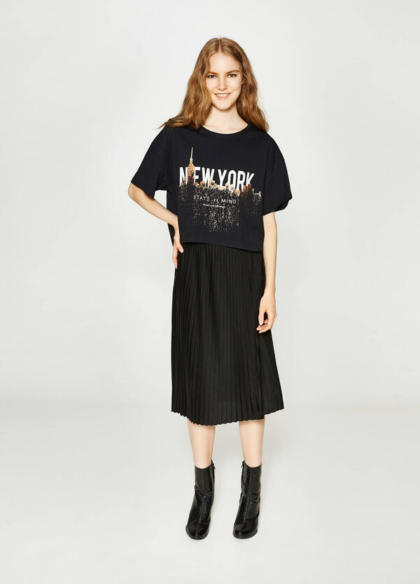 T-shirt crop in cotone con stampa