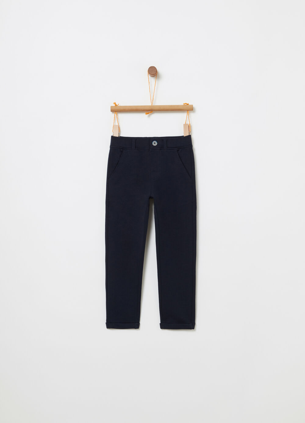 Smart trousers with functional pockets