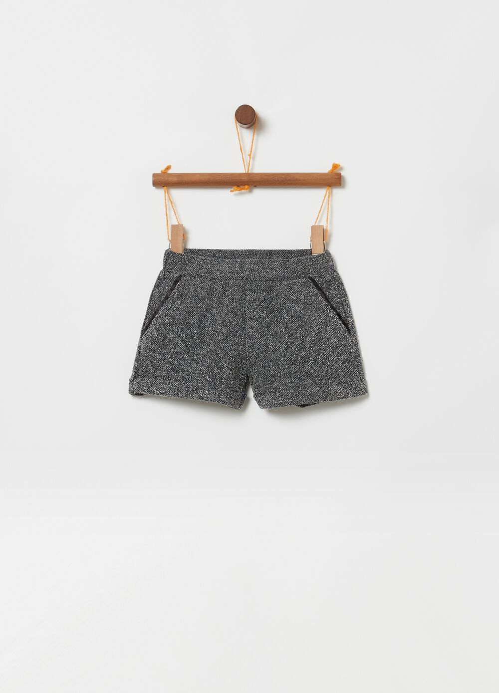 Mélange shorts with pockets