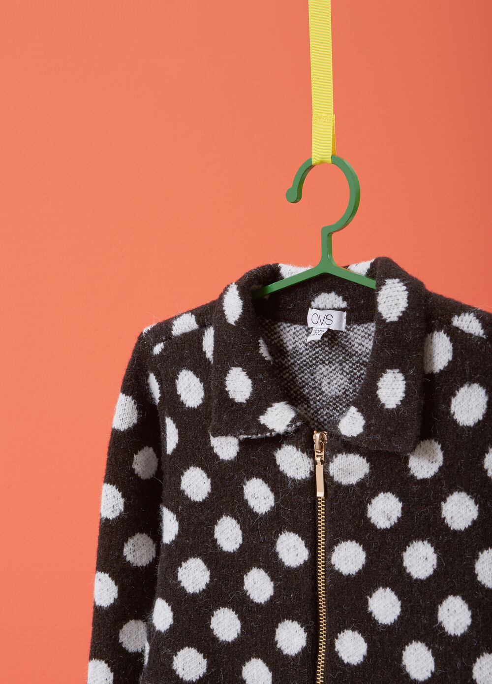 Stretch cardigan with polka dots and zip