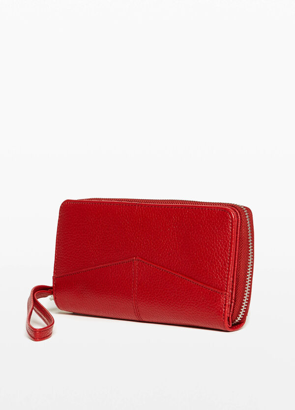 Textured purse with stitching