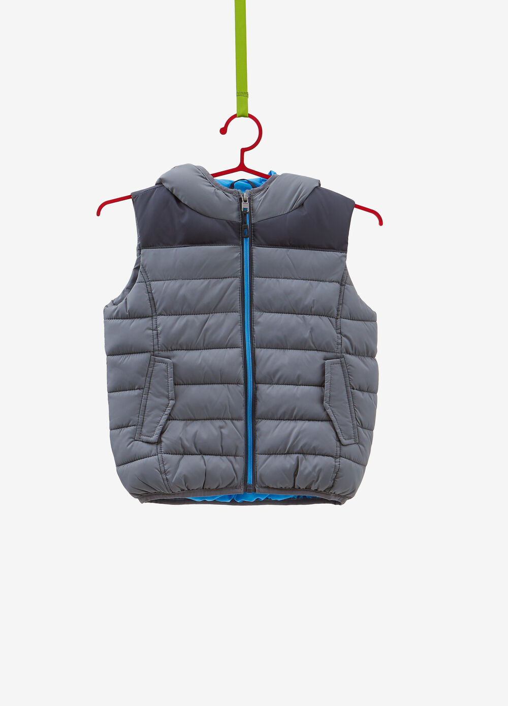 Padded gilet with band