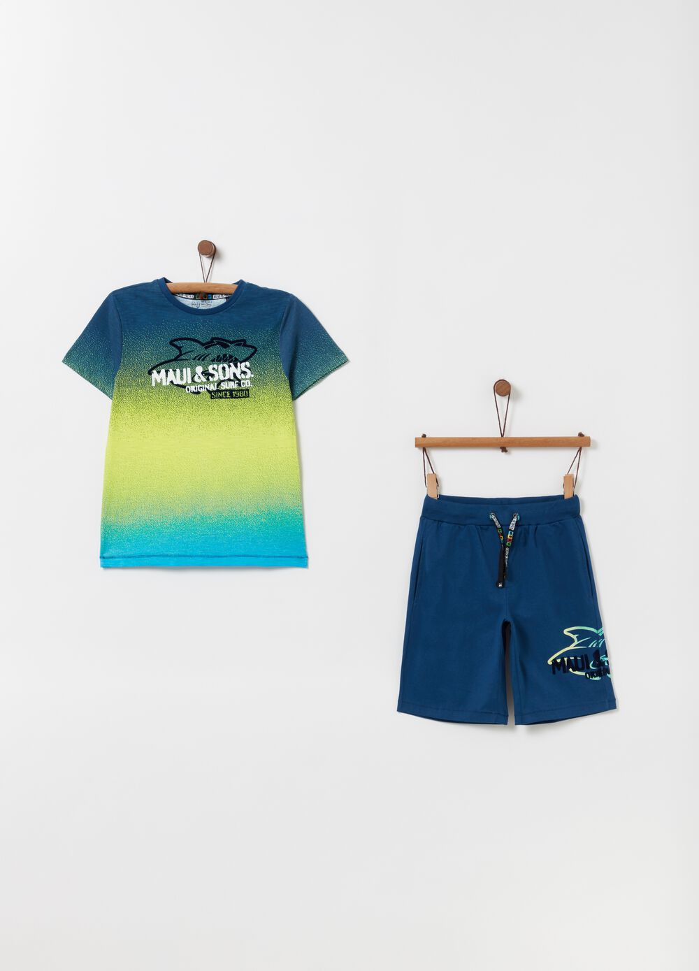Pack jogging camiseta shorts Maui and Sons