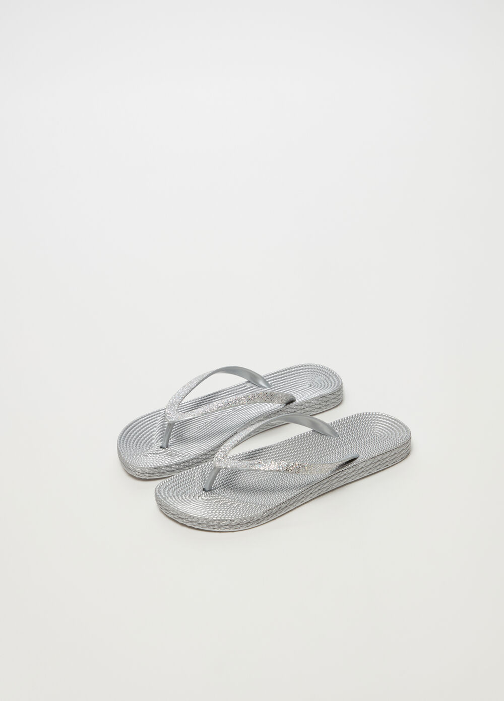 Thong sandals with glitter straps and flat heel