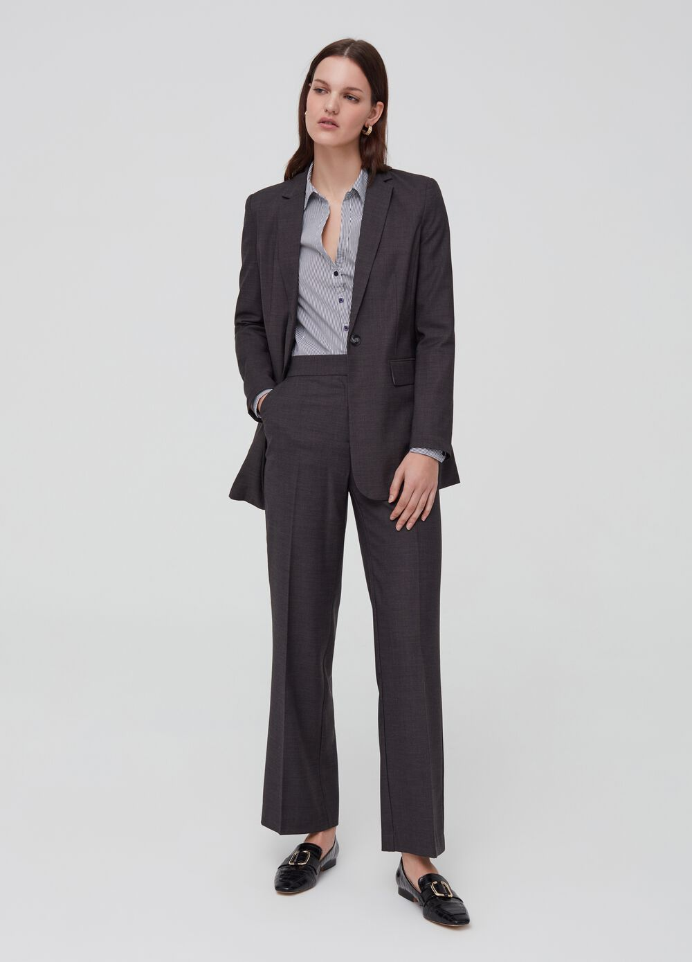 Stretch trousers with darts