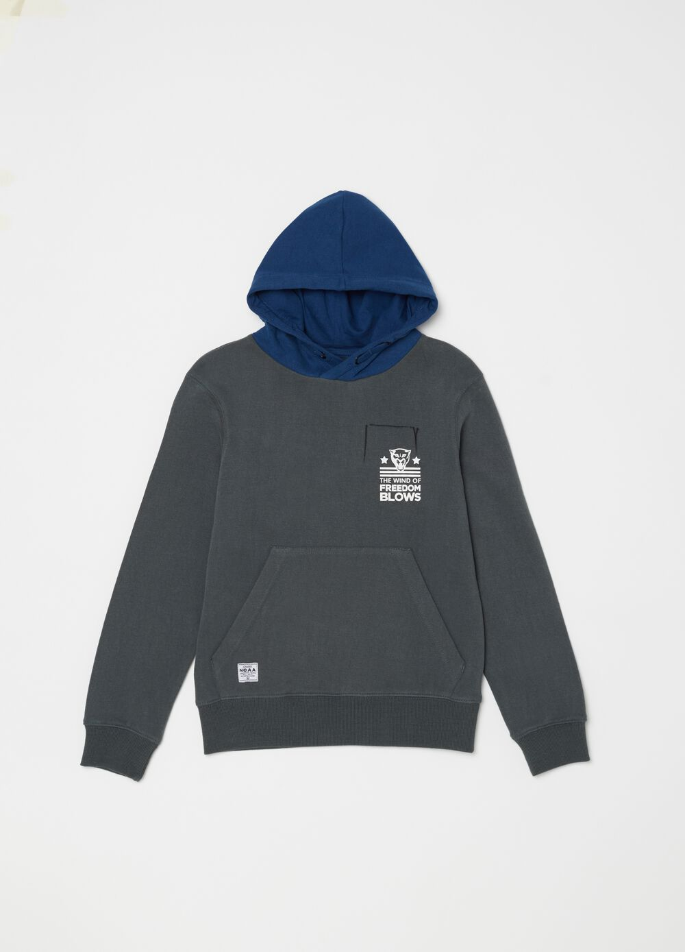 Crew neck sweatshirt with hood and print