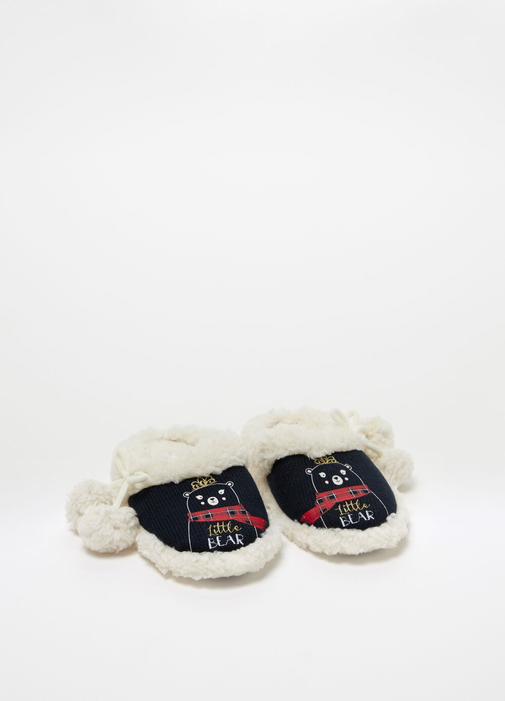 Slippers with bear embroidery and pompoms