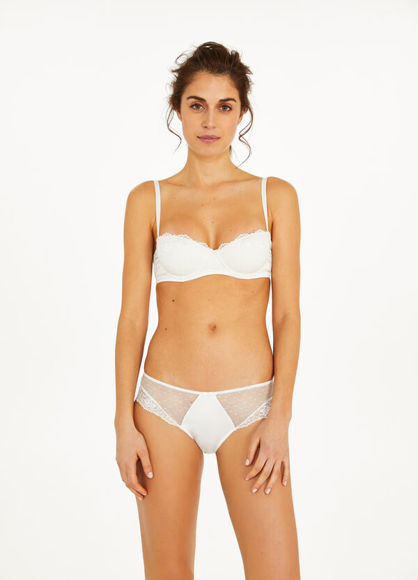 Stretch satin French knickers with lace