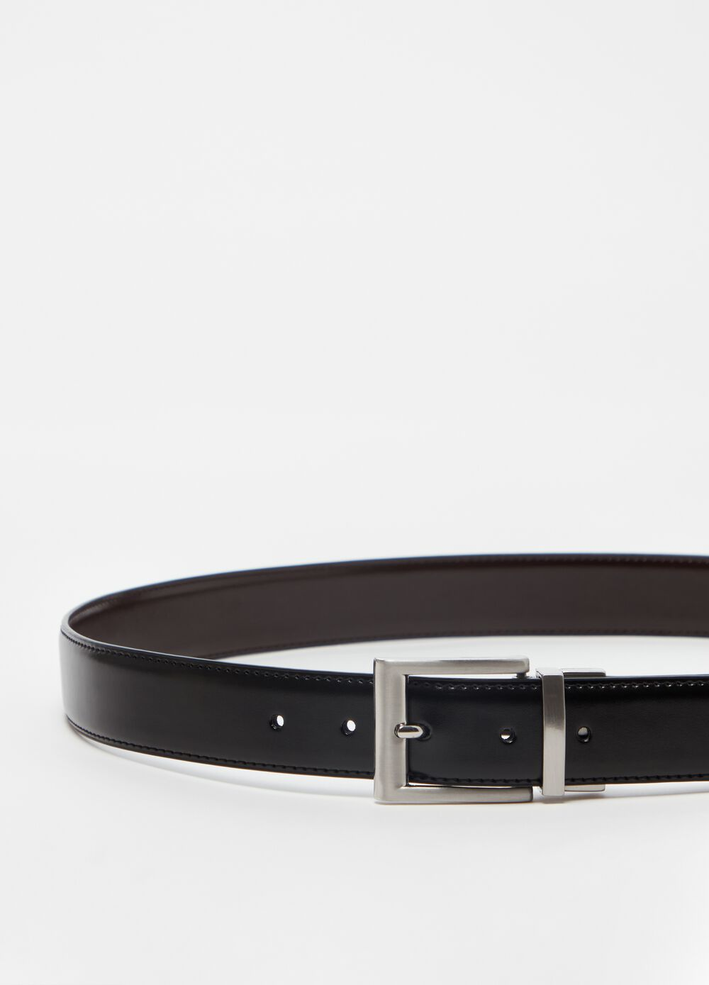 Solid colour genuine leather belt