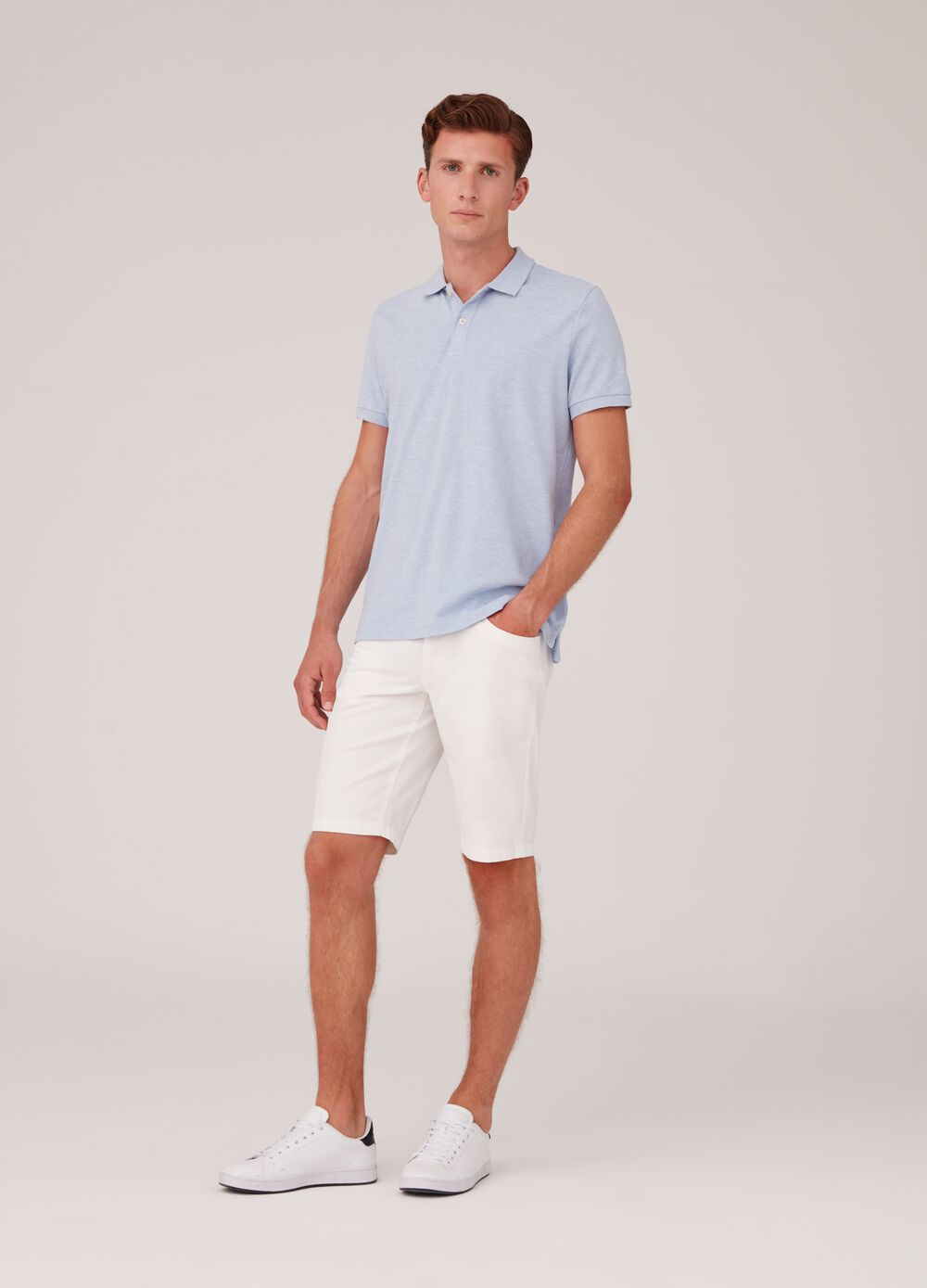 100% cotton shorts with pockets and zip