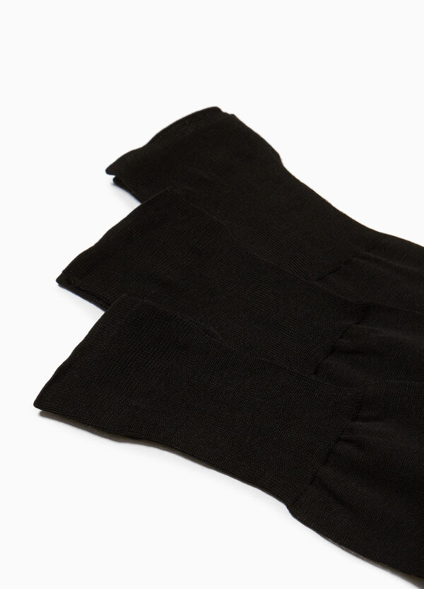 Three-pack long socks in 100% cotton