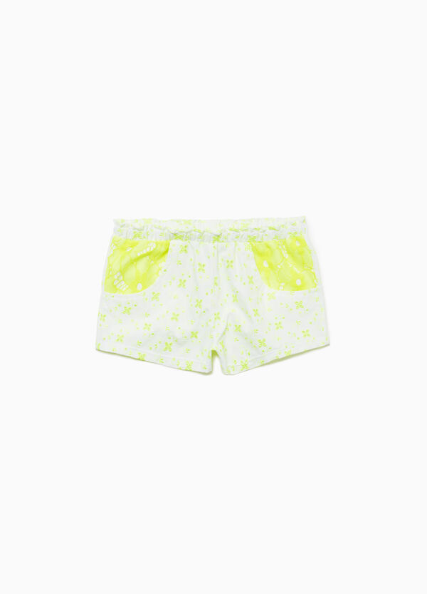 Beach shorts with contrasting lace