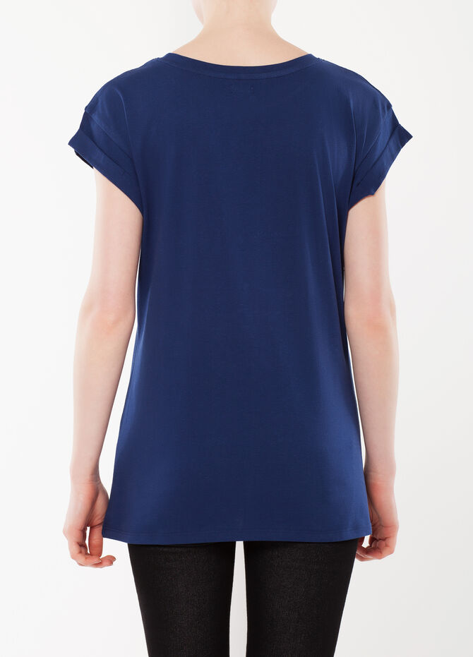 Cuffed sleeves T-shirt