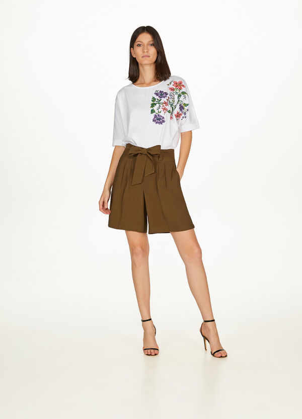 Floral cotton T-shirt with embroidery