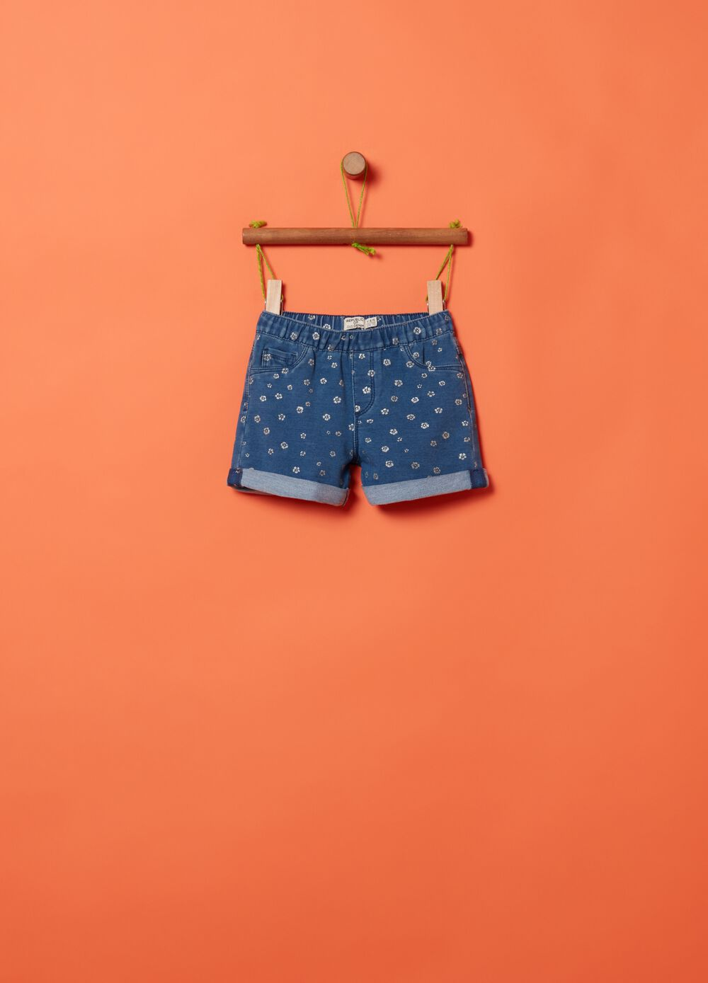 Shorts in French terry denim with pattern