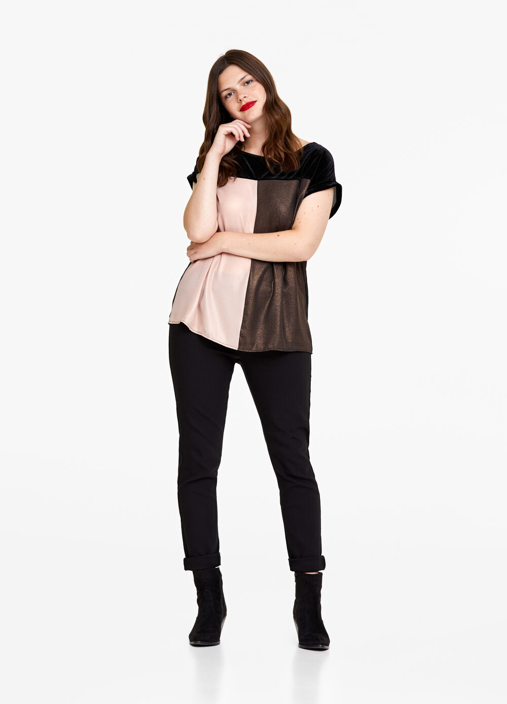 Curvy stretch blouse with velvet effect