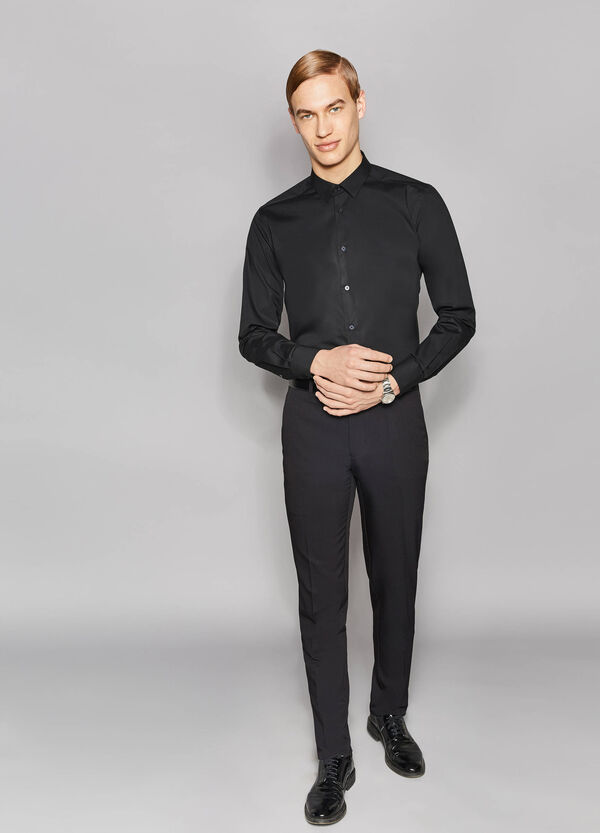 Elegant slim-fit trousers with crease | OVS
