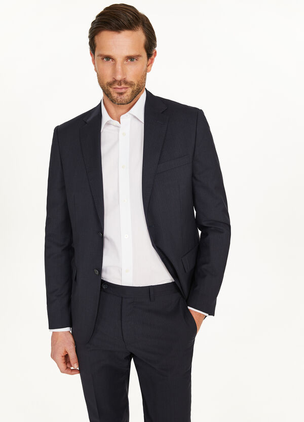Regular-fit suit in wool with micro stripes