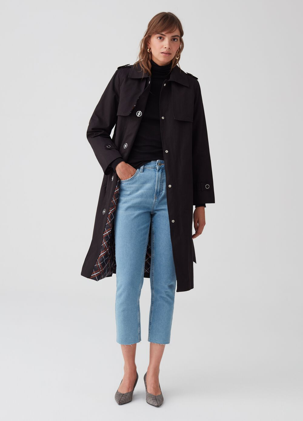 Stretch trench coat with belt and pockets