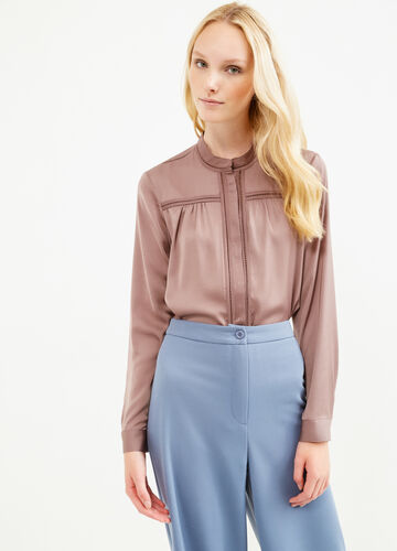 Solid colour openwork blouse