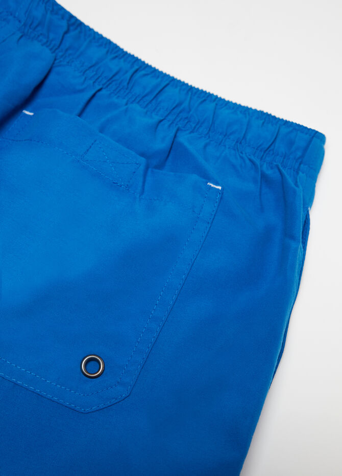 Solid colour beach shorts with drawstring