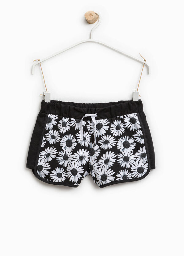 Cotton shorts with daisy print | OVS
