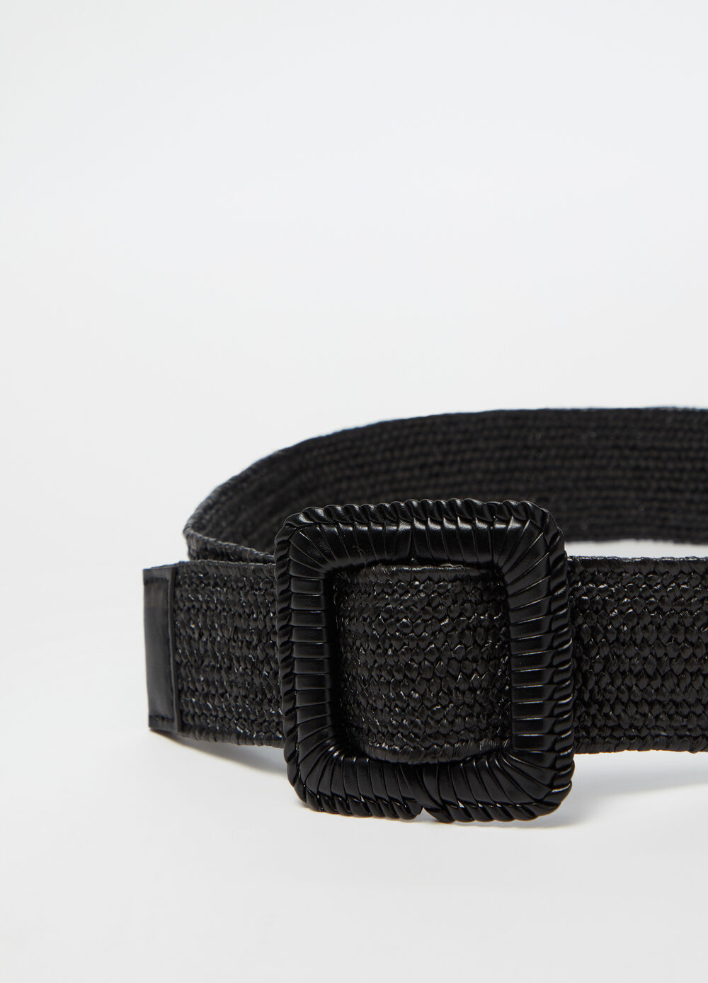 Braided belt with detailed buckle
