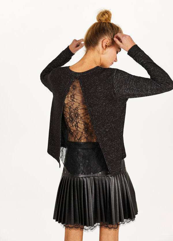 Sweatshirt with back slit and lace