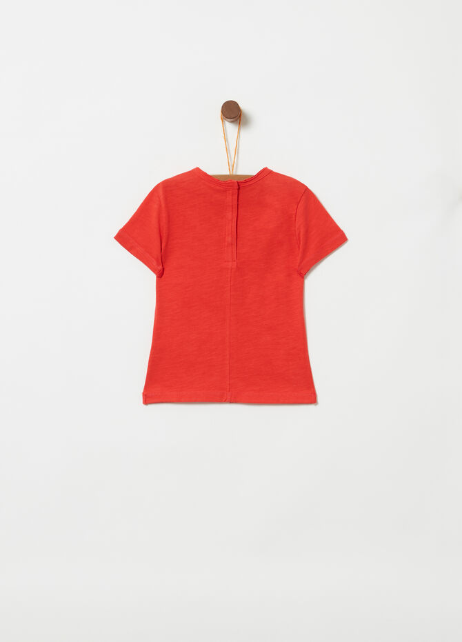 100% cotton T-shirt with raw edged pocket
