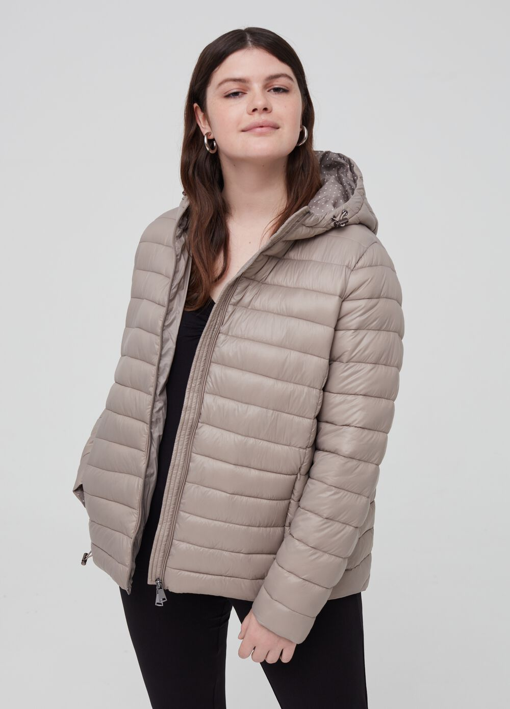 Curvy ultra-lightweight quilted jacket
