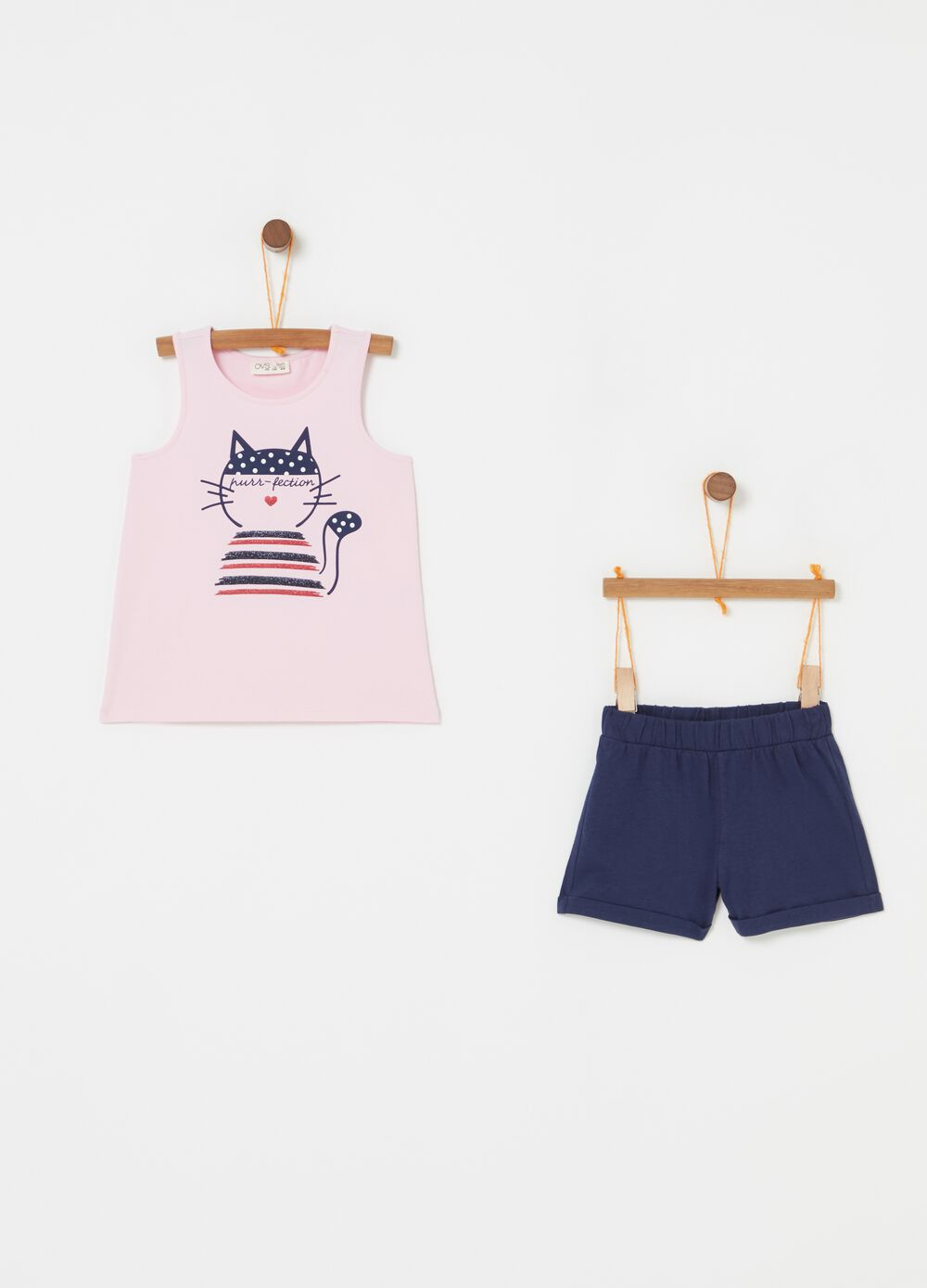 Top and shorts outfit with kitten print