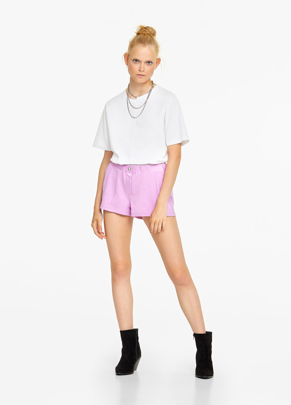 Solid colour cotton blend shorts