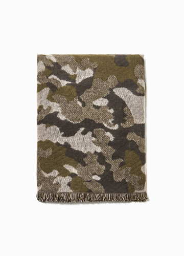Camouflage patterned scarf