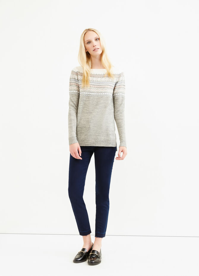 Wool blend pullover with embroidery