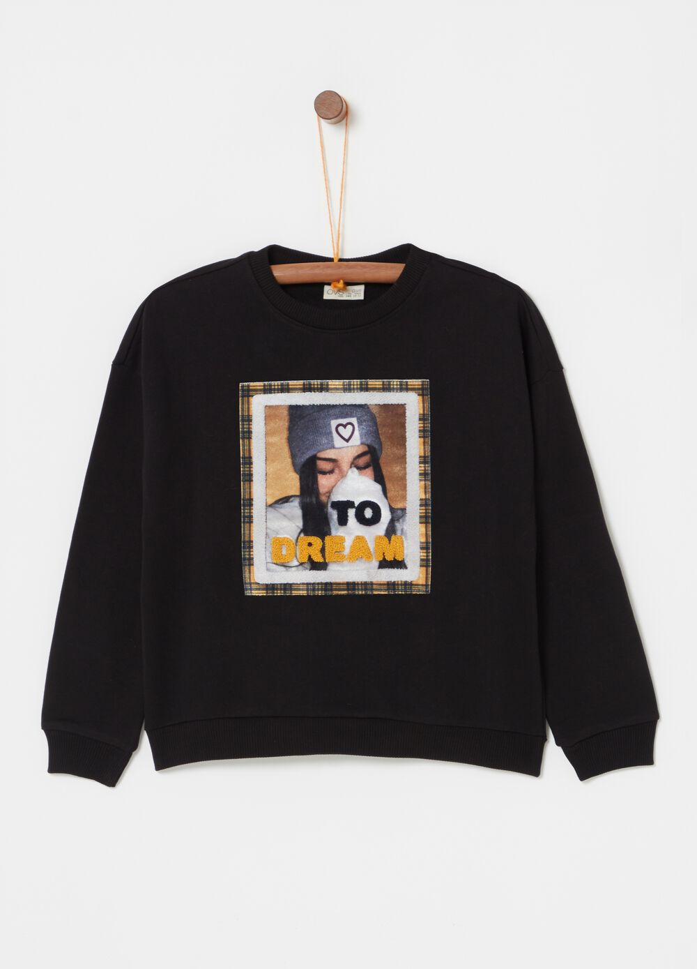 100% organic cotton sweatshirt with patch and print