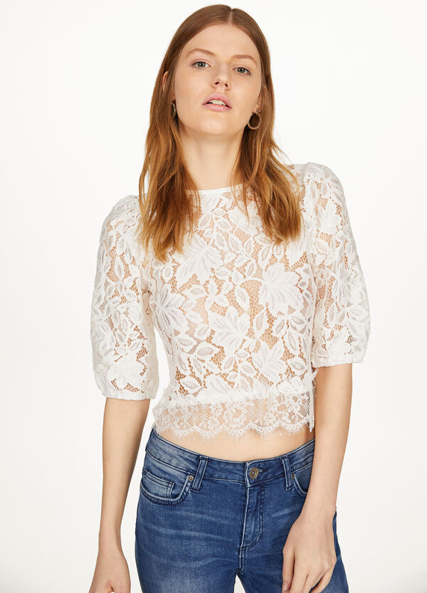 Crop shirt in solid colour lace