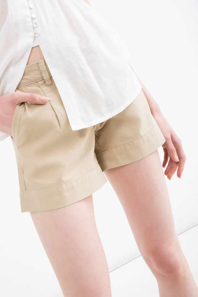 Solid colour 100% cotton shorts