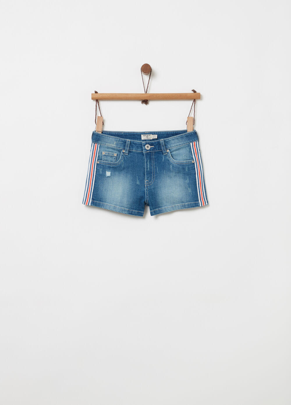 Vintage-effect denim shorts with ribbon