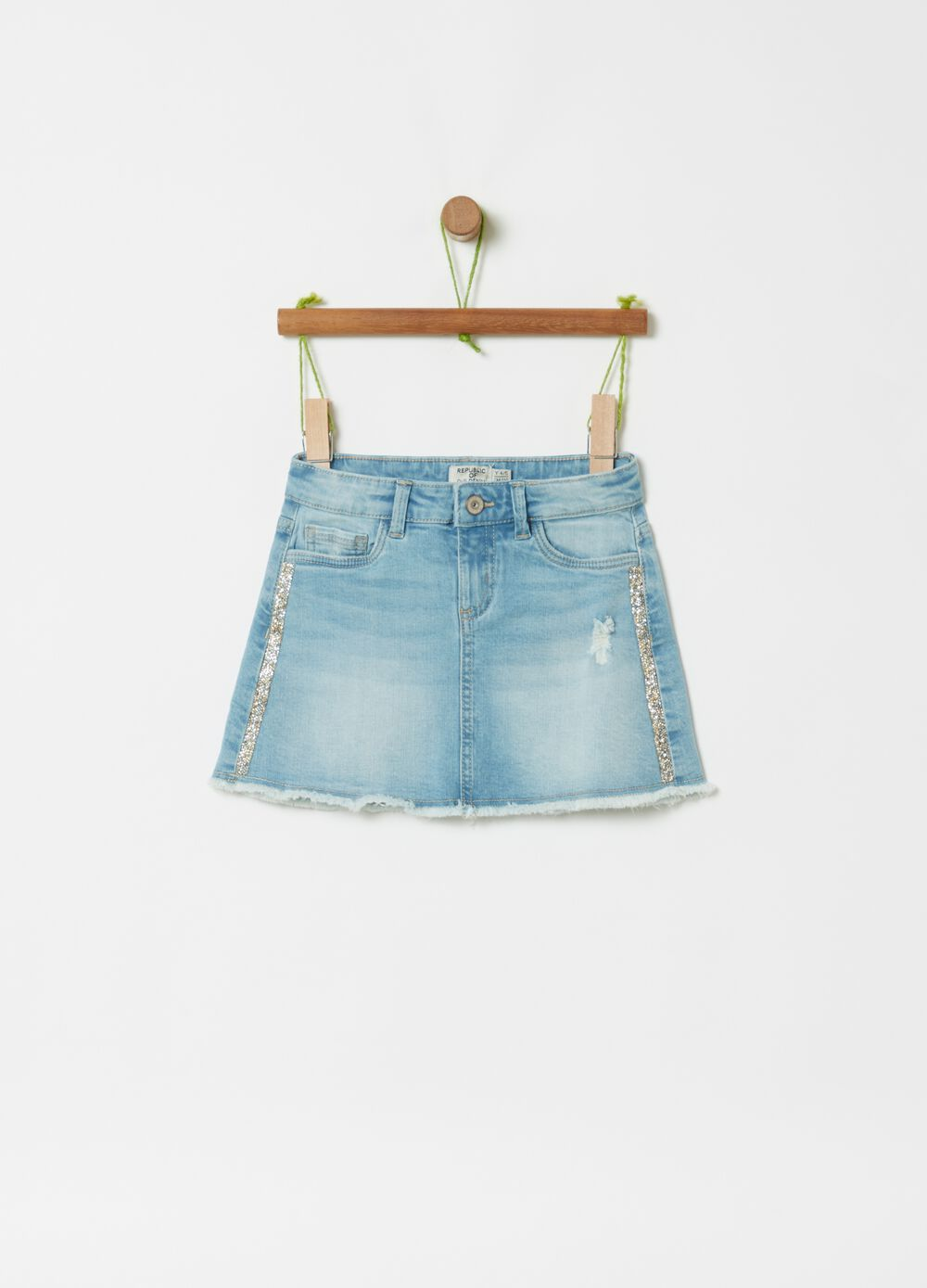 Denim skirt with glitter
