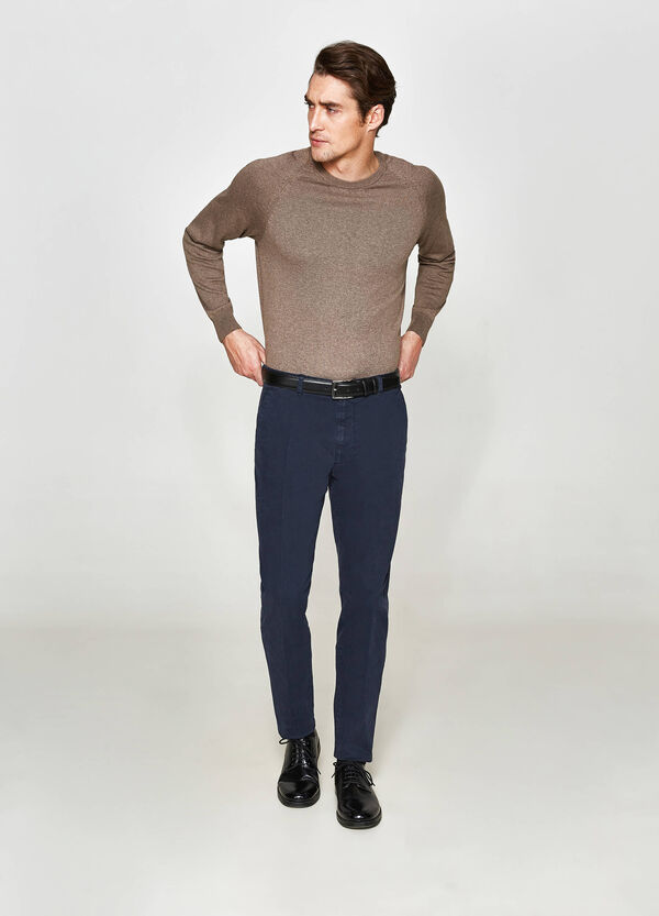 Rumford stretch trousers with crease
