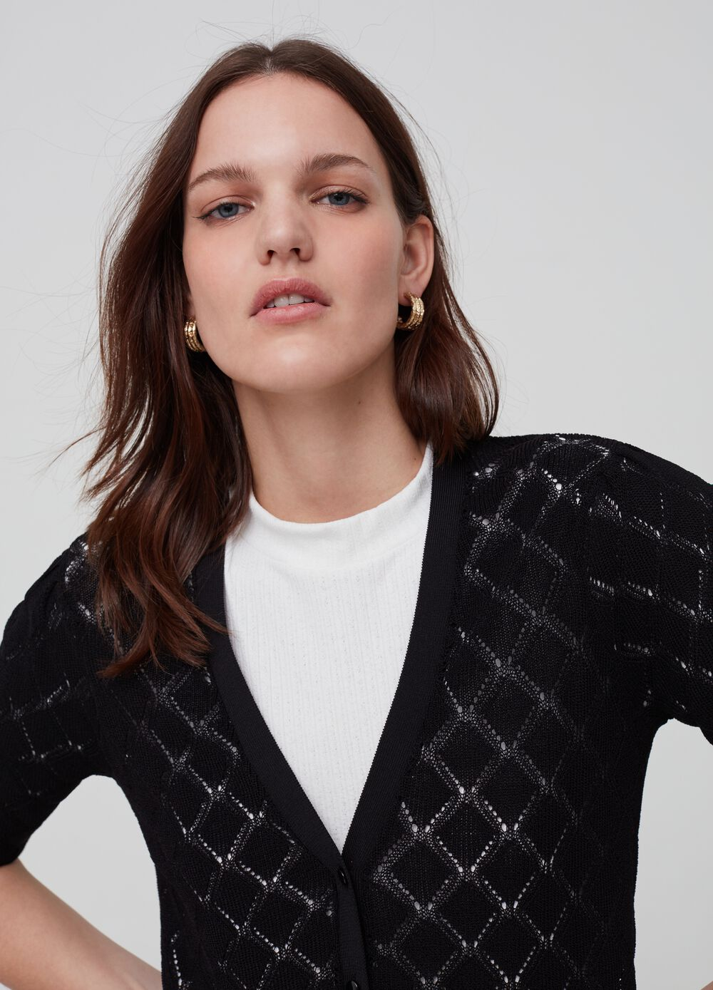Knitted cardigan with diamond weave