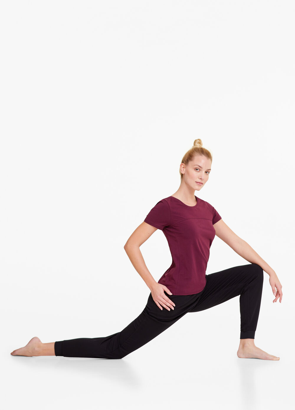 Stretch gym T-shirt with round neck