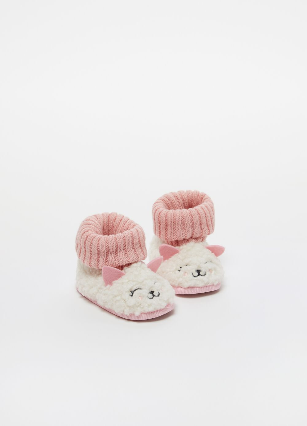 High-top slippers with sheep embroidery