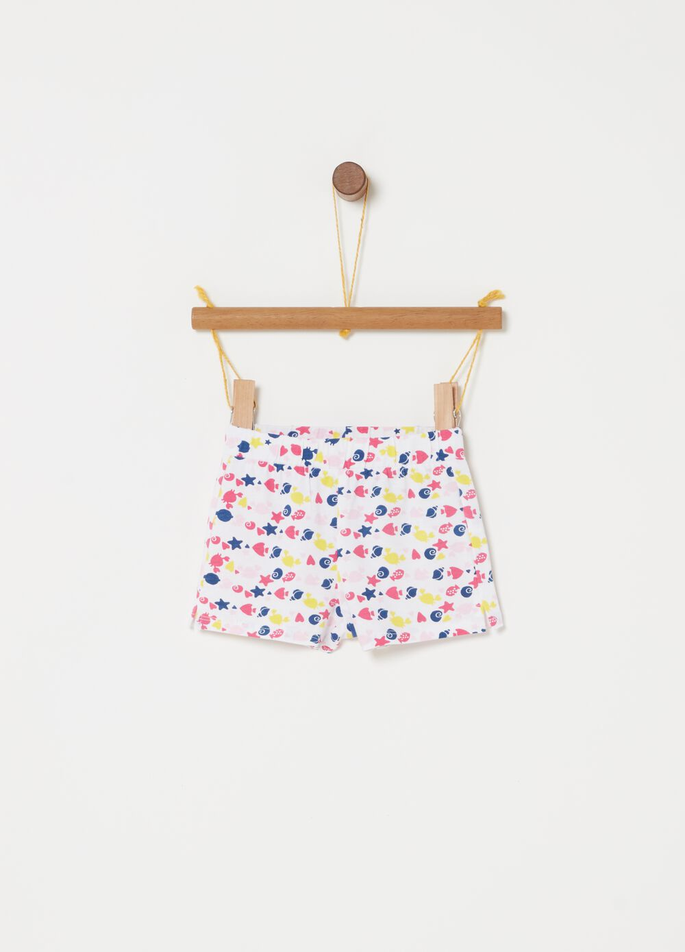 Shorts with all-over marine animals print
