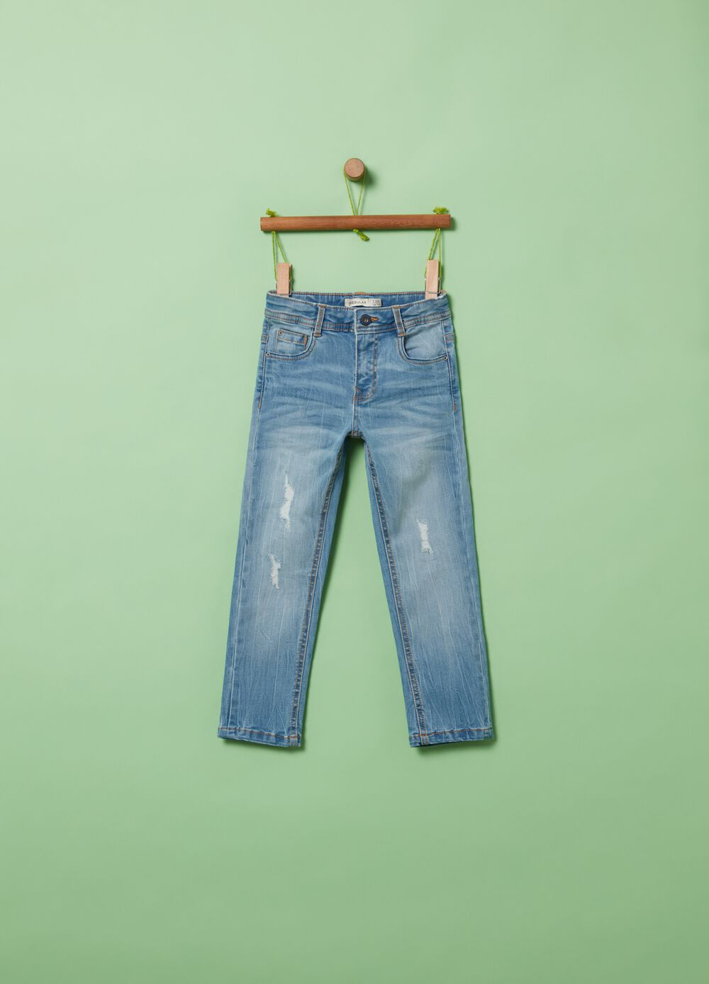Regular-fit jeans with fading and worn effect
