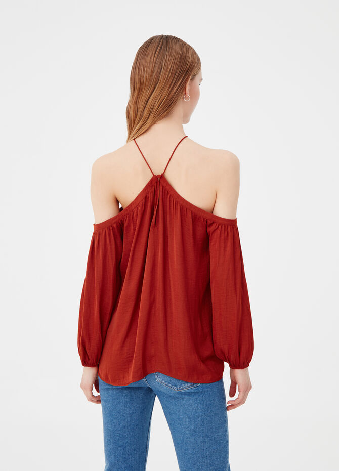 Solid colour blouse with drop shoulders