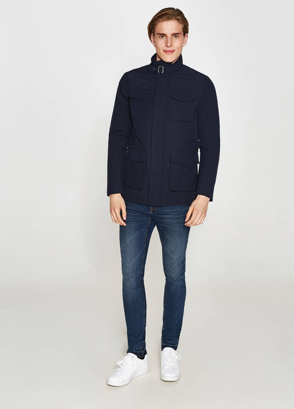 Stretch jacket with high neck